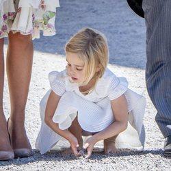 Leonor de Suecia, descalza en el bautizo de Adrienne de Suecia