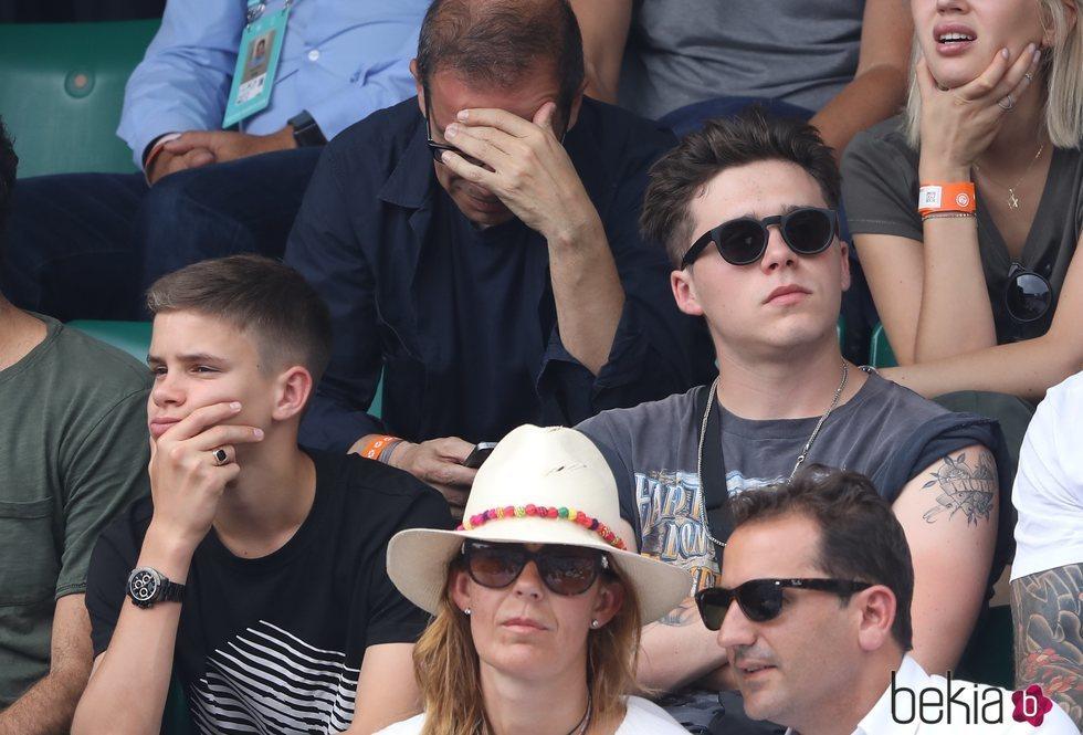 Romeo y Brooklyn Beckham disfrutan de la final del Roland Garros 2018