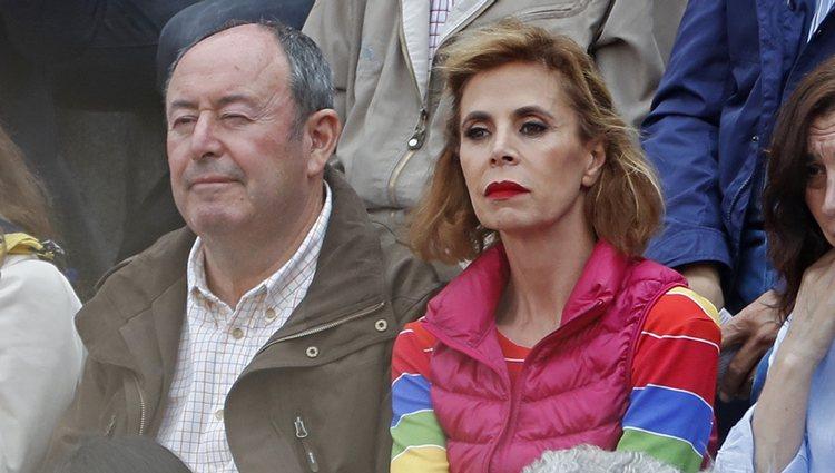 Agatha Ruiz de la Prada y El Chatarrarero disfrutando de la Corrida de la Prensa 2018