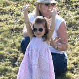 La Princesa Carlota con gafas de sol en un torneo de polo