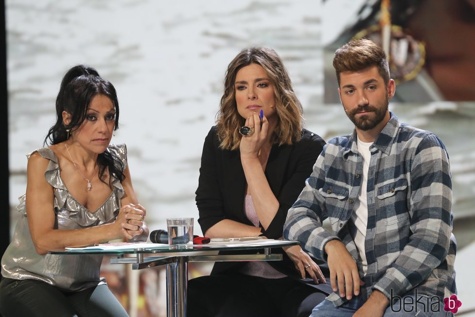 Maite Galdeano y Alejandro Albalá junto a Sandra Barneda en 'Supervivientes 2018'