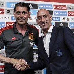 Fernando Hierro junto a Luis Rubiales