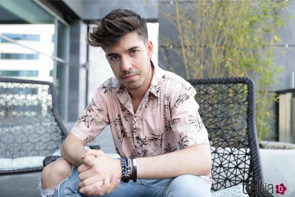 Roi Méndez, muy guapo en una sesión fotográfica