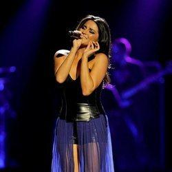 Maite Perroni durante un concierto en Texas