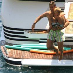 Iñaki Urdangarin se tira al agua con su hijo Miguel