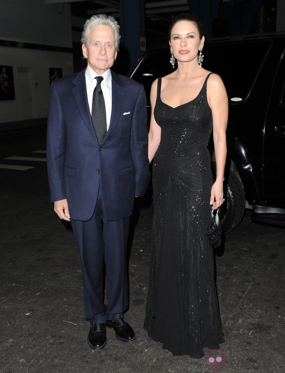 Michael Douglas y Catherine Zeta Jones en la gala 'Children at heart'