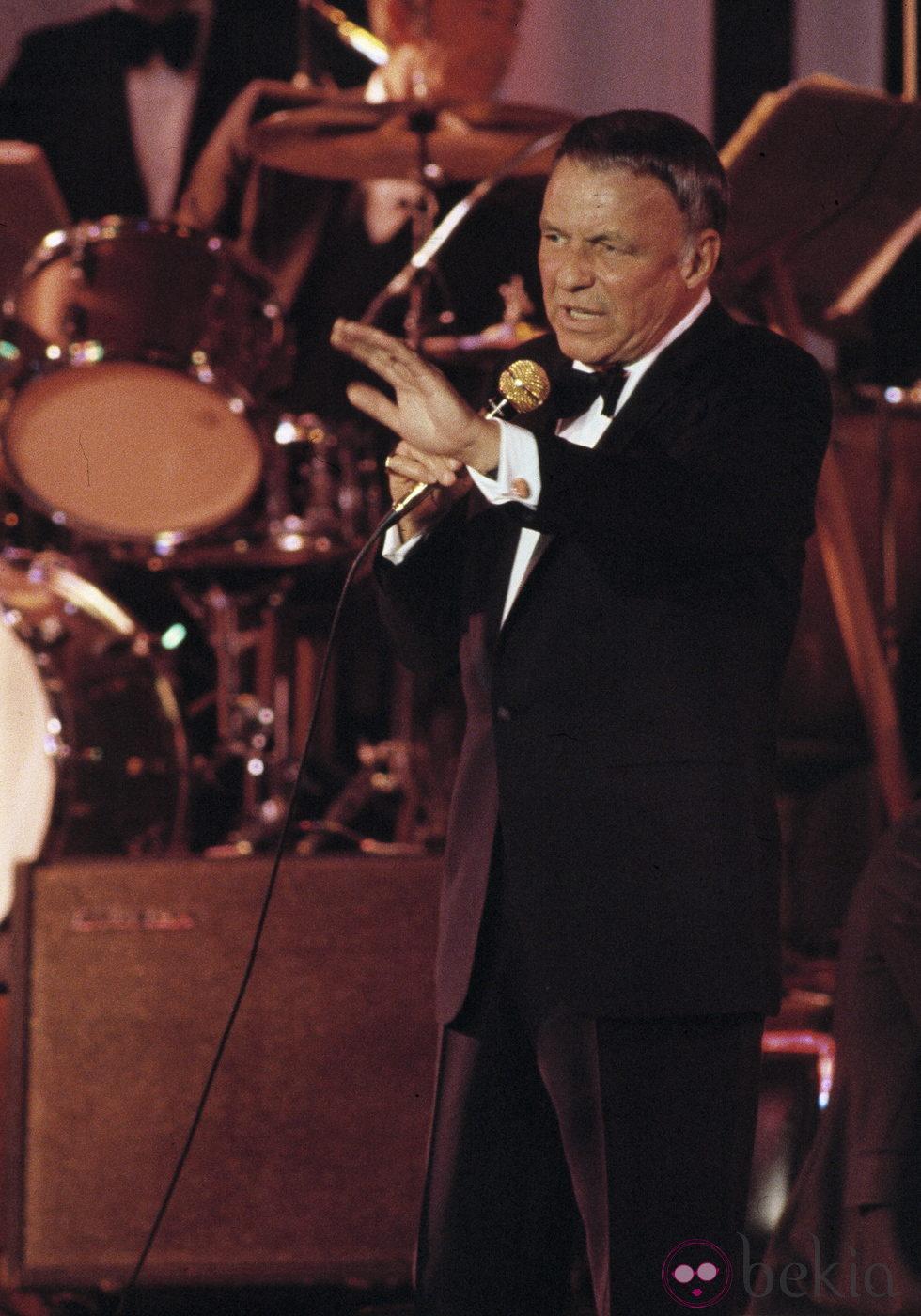 Frank Sinatra, actor y cantante que pasó la historia de la música
