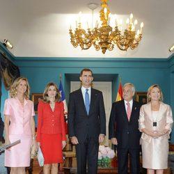 Cristina Garmendia, los Príncipes de Asturias, Sebastián Piñera y Cecilia Morel