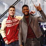 Justin Bieber y Usher actuando en el NBC'S Today show en Nueva York