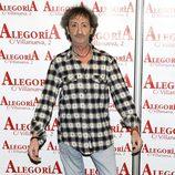 Eduardo Gómez posa en el 24 aniversario del Club Palestra