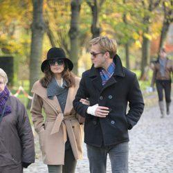 Ryan Gosling y su novia, Eva Mendes, pasean su amor durante sus románticas vacaciones en París