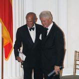Óscar de la Renta y Bill Clinton en la 2011 Gold Medal Gala