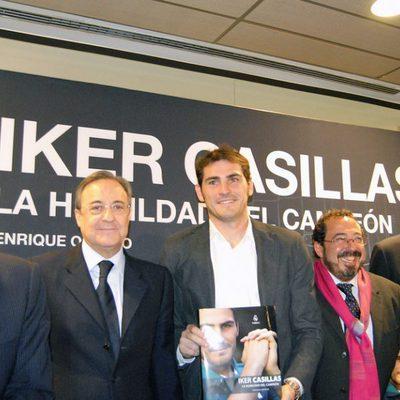 Iker Casillas presenta su libro en el Santiago Bernbéu