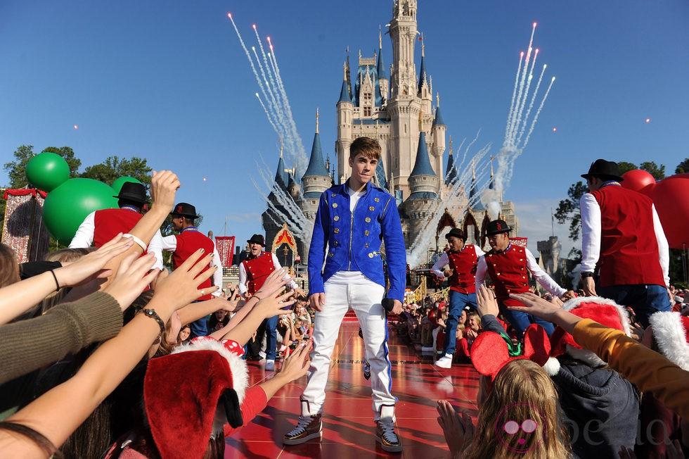 Justin Bieber actúa en Disney World Florida