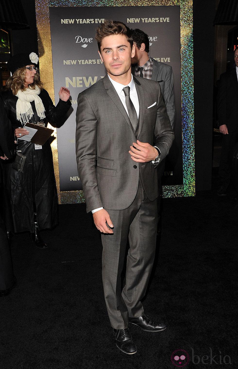 Zac Efron en el estreno de 'New Year's Eve' en Los Angeles