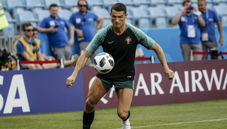 Cristiano Ronaldo entrenando con Portugal antes de debutar en el Mundial de Rusia 2018