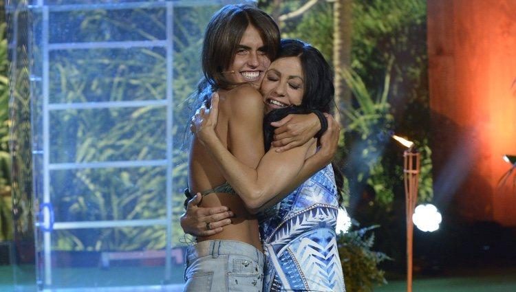 Sofía Suescun y Maite Galdeano se reencuentran en la final de 'Supervivientes 2018'
