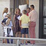 La Infanta Cristina, Iñaki Urdangarin y sus hijos Juan, Pablo y Miguel con Guillermo y Sibilla de Luxemburgo