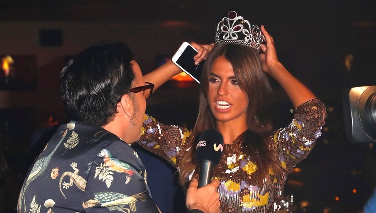 Sofía Suescun con una corona en la Fiesta Final de 'Supervivientes 2018'