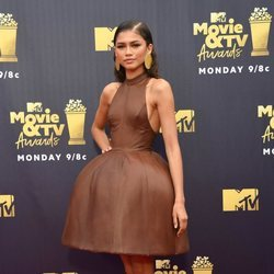 Zendaya en la alfombra roja de los MTV Movie & TV Awards 2018