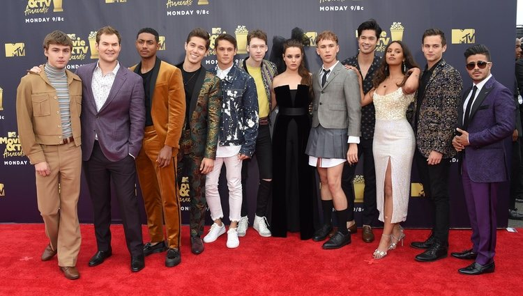 Elenco de 'Por trece razones' en los MTV Movie & TV Awards 2018