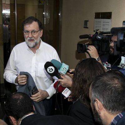 Mariano Rajoy entrando a su nuevo puesto de trabajo