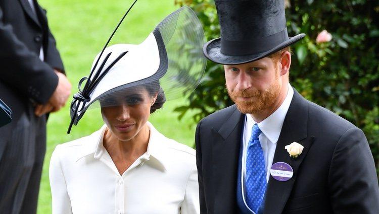 El Príncipe Harry de Inglaterra y Meghan Markle en Ascot 2018