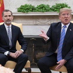 El Rey Felipe VI y Donaldo Trump en el interior de la Casa Blanca