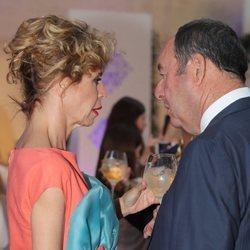 Ágatha Ruiz de la Prada, muy cómplice con Luis Miguel Rodríguez El Chatarrero