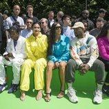 Kim Kardashian y Kanye West junto a Kylie Jenner y Travis Scott en el desfile de Virgil Abloh en París
