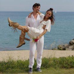 Mireia Canalda y Felipe López recién casados
