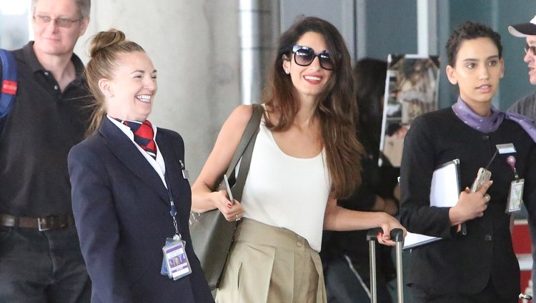 Amal Clooney visita Canadá