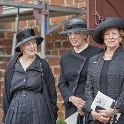 Margarita de Dnamarca, Benedicta de Dinamarca y Ana María de Grecia en el funeral de su prima Elisabeth de Dinamarca