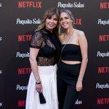 Belinda Washington y su hija, Andrea Lázaro, en la premiere de la segunda temporada de 'Paquita Salas'