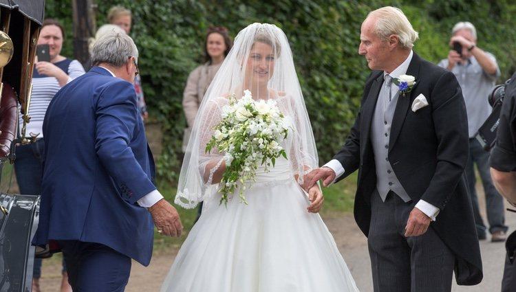 Celia McCorquodale el día de su boda a la que acudieron los Duques de Sussex
