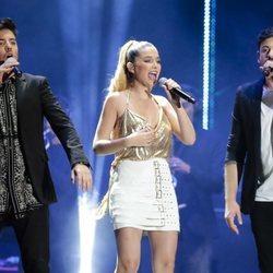 Roi Méndez, Mireya y Cepeda en el concierto 'OT Bernabéu'