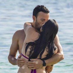 Pablo Puyol e Irene Junquera muestran su amor públicamente en las playas de Formentera