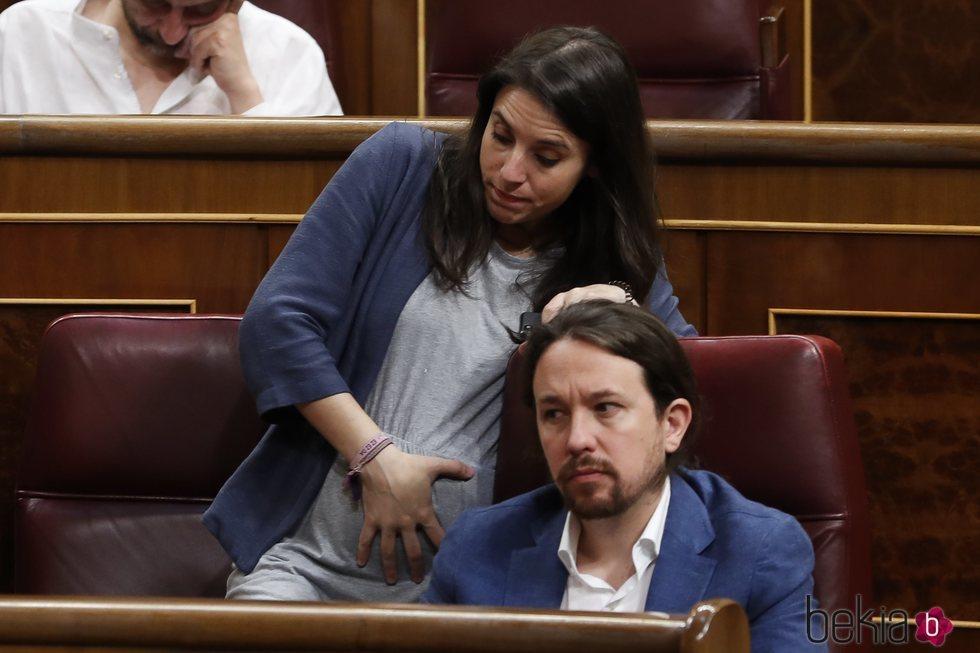 Irene Montero y Pablo Iglesias en la primera sesión del Parlamento del nuevo Gobierno de Sánchez