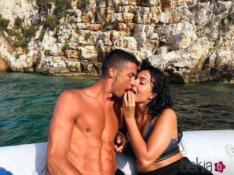 Cristiano Ronaldo y Georgina Rodríguez disfrutando de sus vacaciones en Grecia