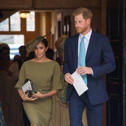 El Príncipe Harry y Meghan Markle en el bautizo del Príncipe Luis