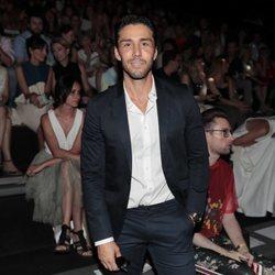 Rubén Sanz en el front row de Devota & Lomba en Madrid Fashion Week primavera/verano 2019