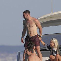 Las vacaciones de Daniel Carvajal por Ibiza