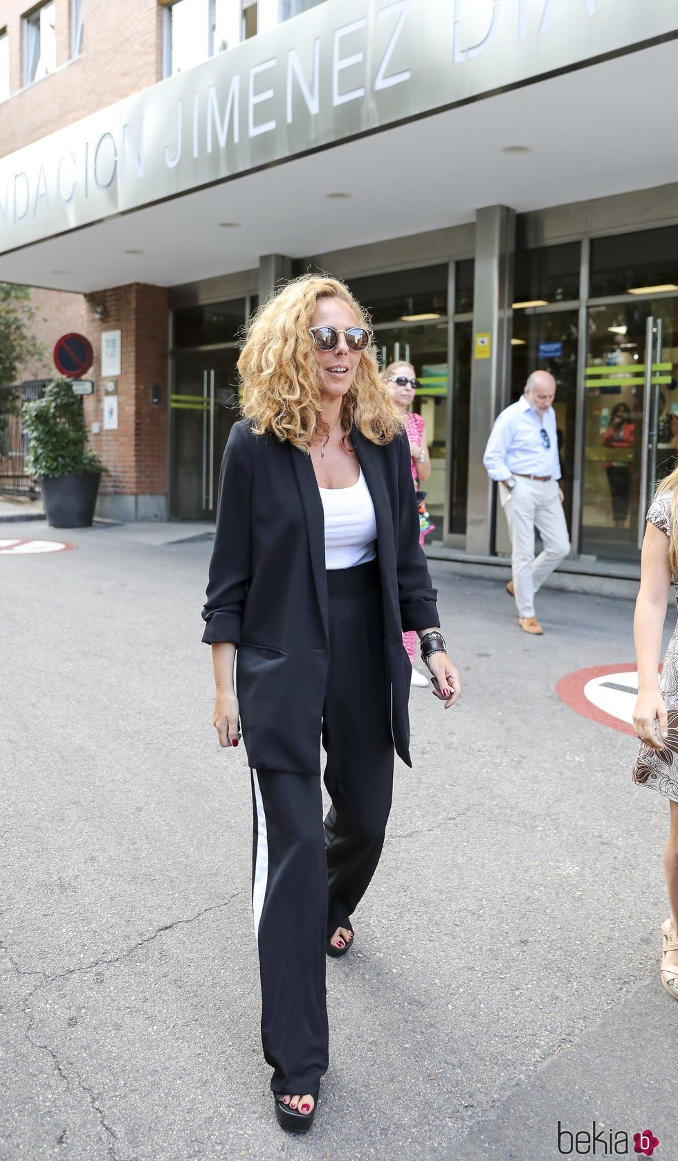 Rocío Carrasco llegando al hospital a visitar a Terelu tras su operación