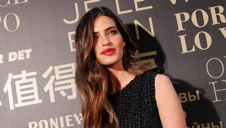 Sara Carbonero como madrina de L'Oreal en la Madrid Fashion Week