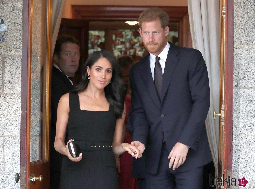 El Príncipe Harry y Meghan Markle en la fiesta en la residencia del Embajador de Reino Unido en Irlanda