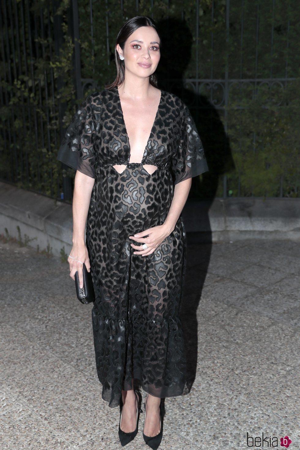 Dafne Fernández llegando a la fiesta del 30 aniversario de Vogue