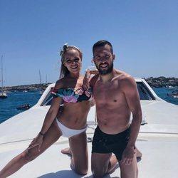 Jordi Alba y Romarey Ventura en Ibiza