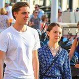 Alexandra de Hannover y su novio, Ben-Sylvester Strautmann de paseo por las calles de Saint-Tropez