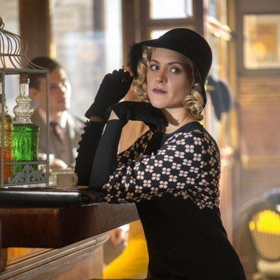 Maggie Civantos en la tercera temporada de 'Las chicas del cable'