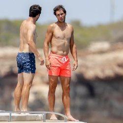 Rafa Nadal en Ibiza con amigos